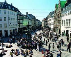 la strada pedonale piu' lunga del mondo a Copenaghen
