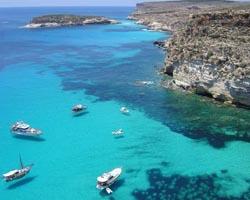 Lampedusa la spiaggia dellIsola dei conigli
