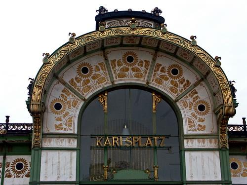 Vienna - La stazione di Karlsplatz