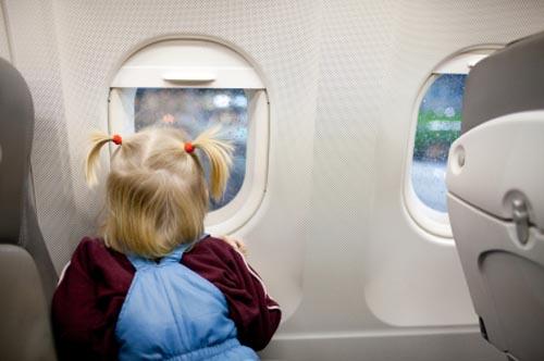 aereo bambina