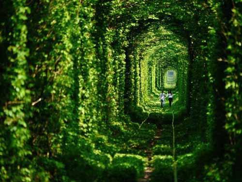 tunnel-dell-amore-kleven-ucraina