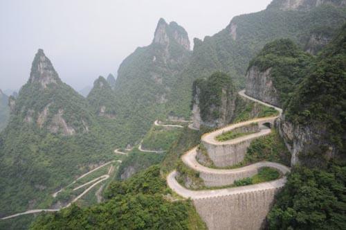foto4tianmen-mountain-road