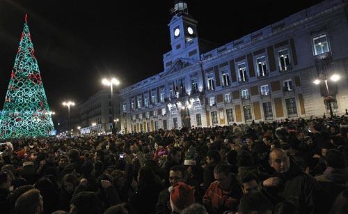 natalePUERTA DEL SOL-MADRID-CAPODANNO-2013