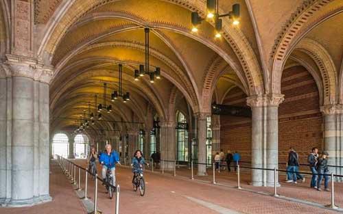 olandaRijksmuseum in bici article 560x350