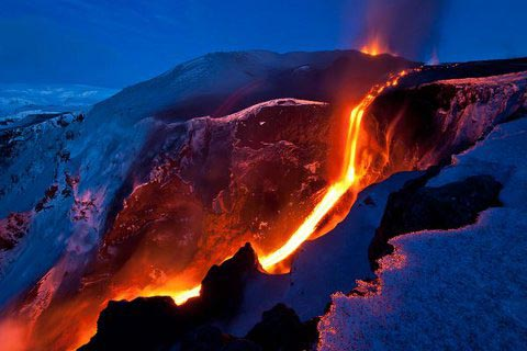 islandA vulcano-eruzione-islanda-01