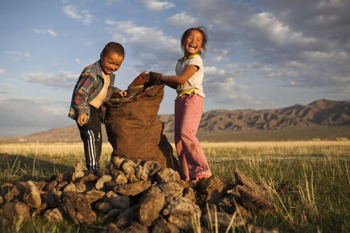 mongolia 02 nomadic childrenzellner