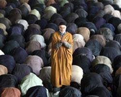 Iran home iranian men pray nt 120516 wg