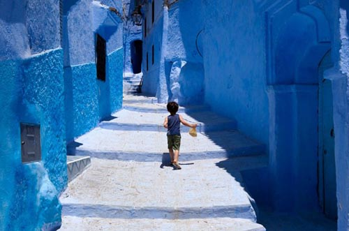 marocco blue-streets-of-chefchaouen-morocco-12