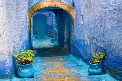 marocco blue-streets-of-chefchaouen-morocco-14