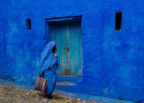 marocco blue-streets-of-chefchaouen-morocco-17