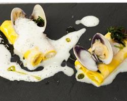 Cannelloni-di-stoccafisso-vongole-alghe-e-limone large
