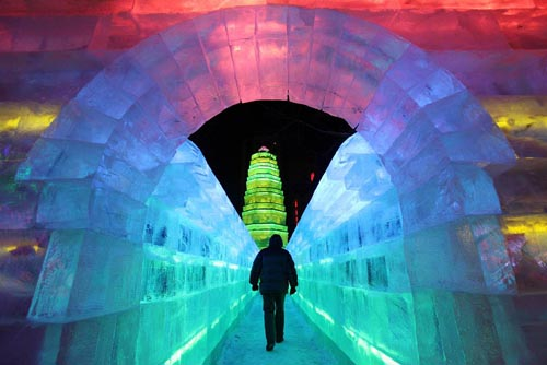Harbin-International-Ice-Snow-Sculpture-Festival-2014-2