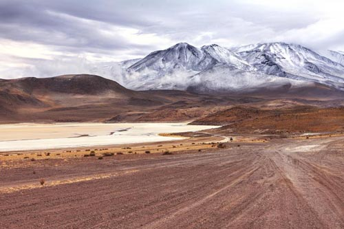 deserti 6 bolivia-salar-de-uyuni-desert-516334379
