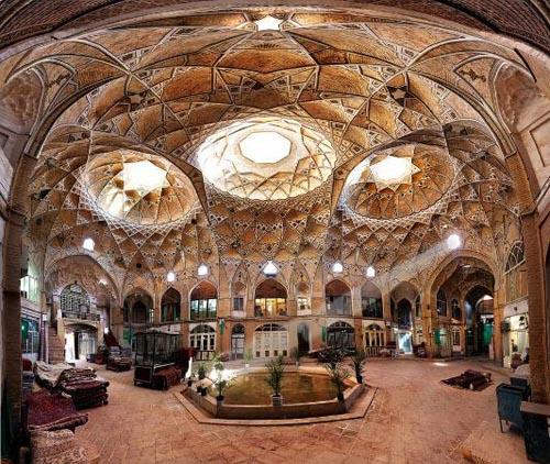 iran bazaar-of-kashan